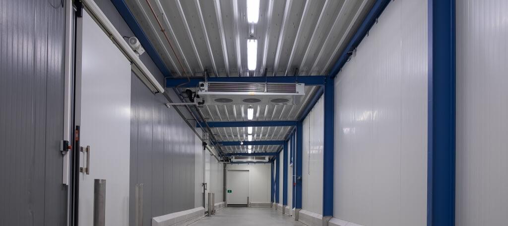 Saled plaatst nieuwe led verlichting bij Paas Food industries