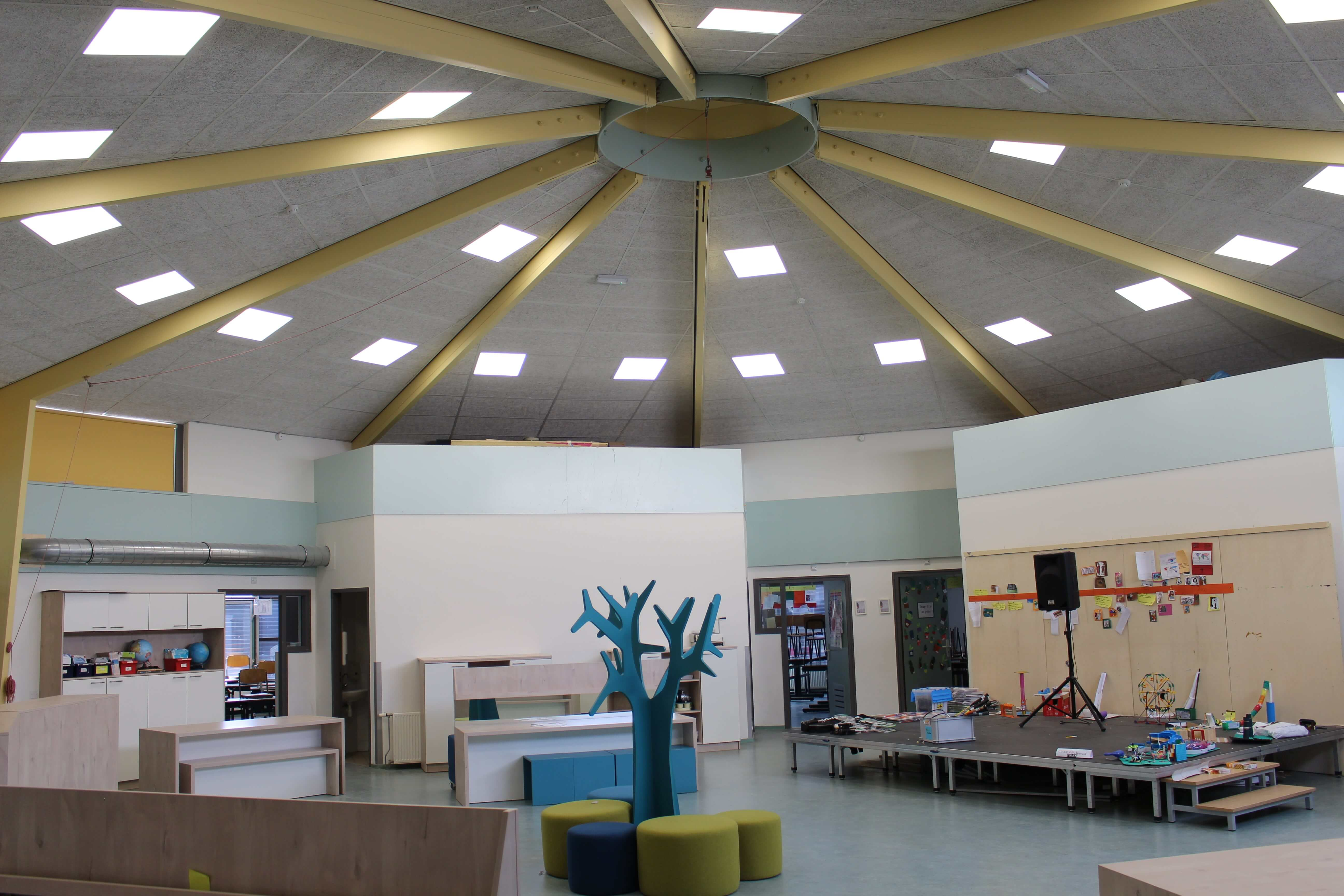 Prinses Beatrixschool in Urk plaats led verlichting van Saled