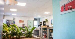 de spindel steigers LED verlichting kantoor