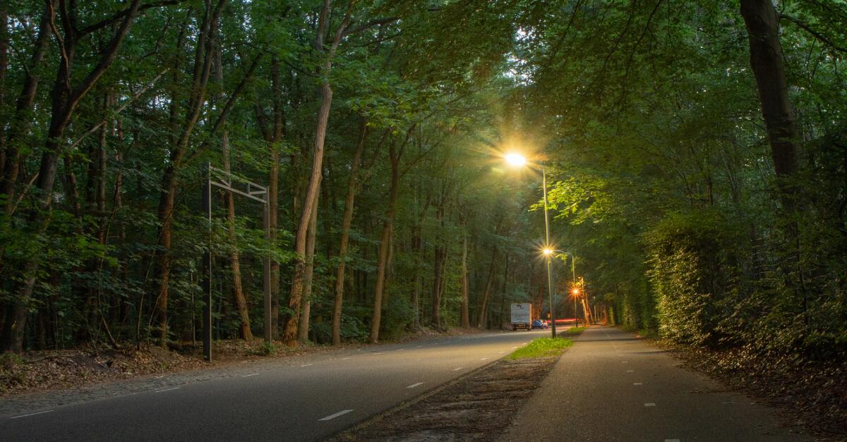 Oranje straatverlichting - natriumlamp vervangen door LED verlichting